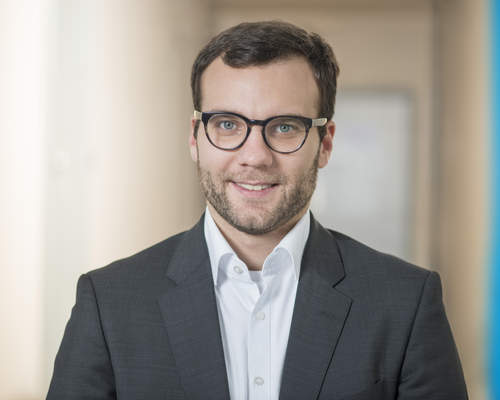 Philipp Zimmermann is new Head of BU Composites/Surfaces for Reaction Process Machinery at KraussMaffei
