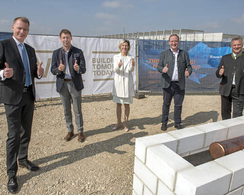 KraussMaffei laid the foundations for a new plant and headquarters in Parsdorf