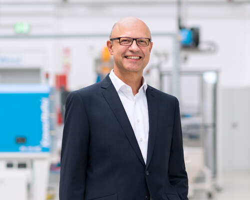 Pioneering Plastics – KraussMaffei repositions its brand